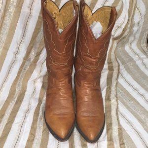 Tona Lama Boots 9 1/2 EE